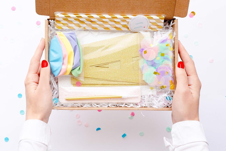 Caja Regalo de Cumpleaños | Personalizada para tu mejor fiesta | Decoración Guirnalda + Globos + Confetti + Pajitas + Velitas y más
