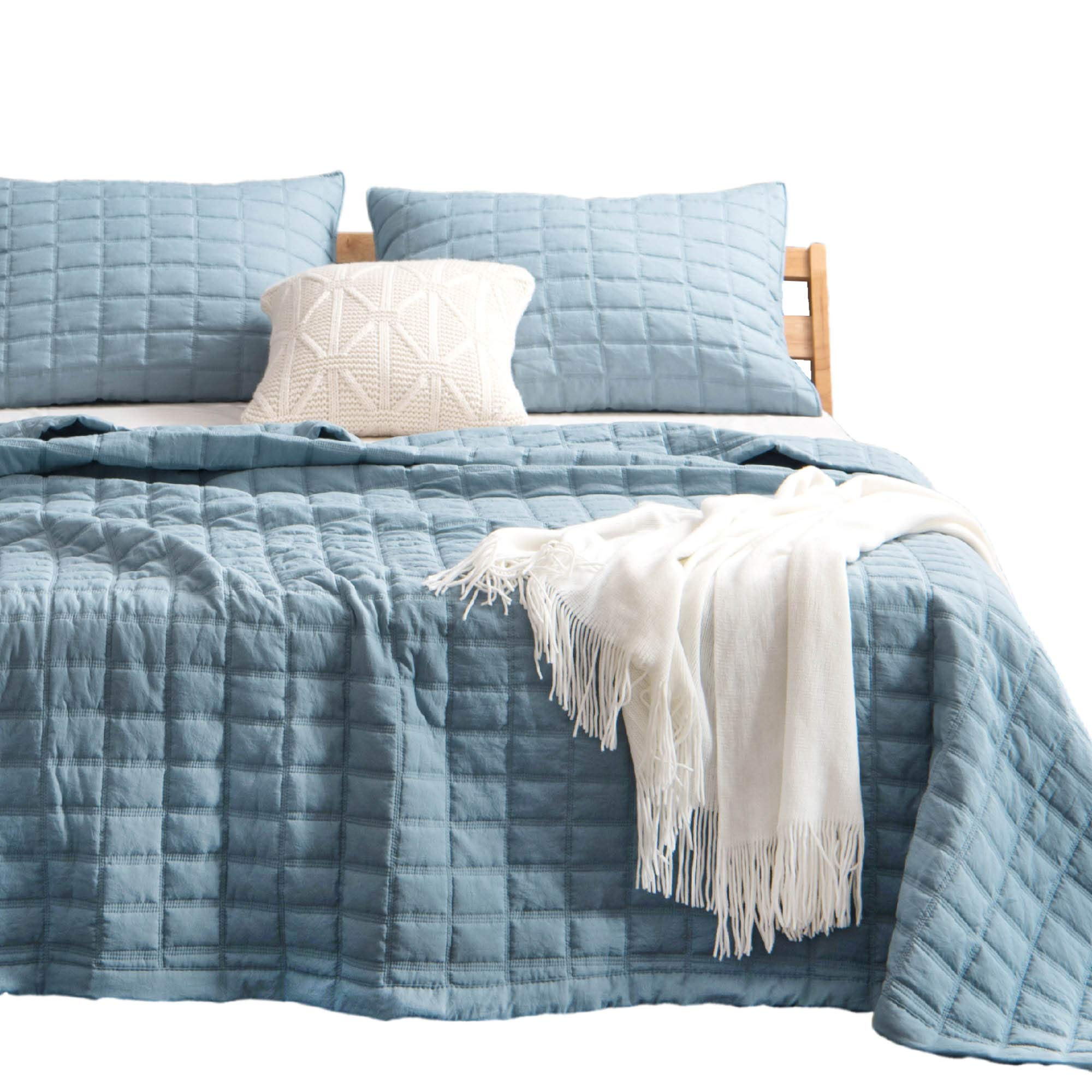 Kasentex Quilt-Bedding-Coverlet-Blanket Set, Machine Washable, Ultra Soft, Lightweight, Stone-Washed, Detailed Stitching - Hypoallergenic - Solid Color, King + 2 Shams, Grey Blue