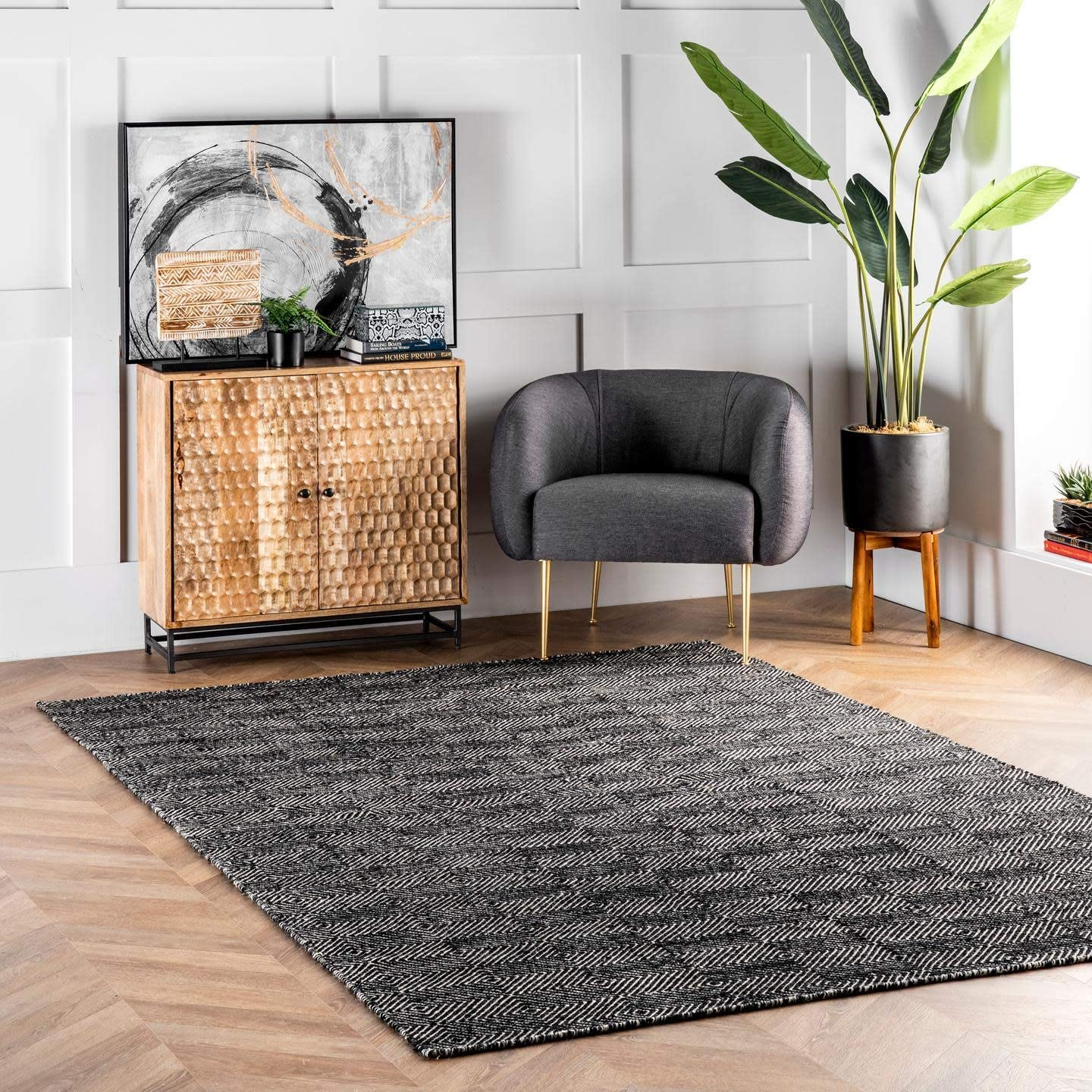 nuLOOM Agoja Hand Tufted Wool Rug, 4' x 6', Black