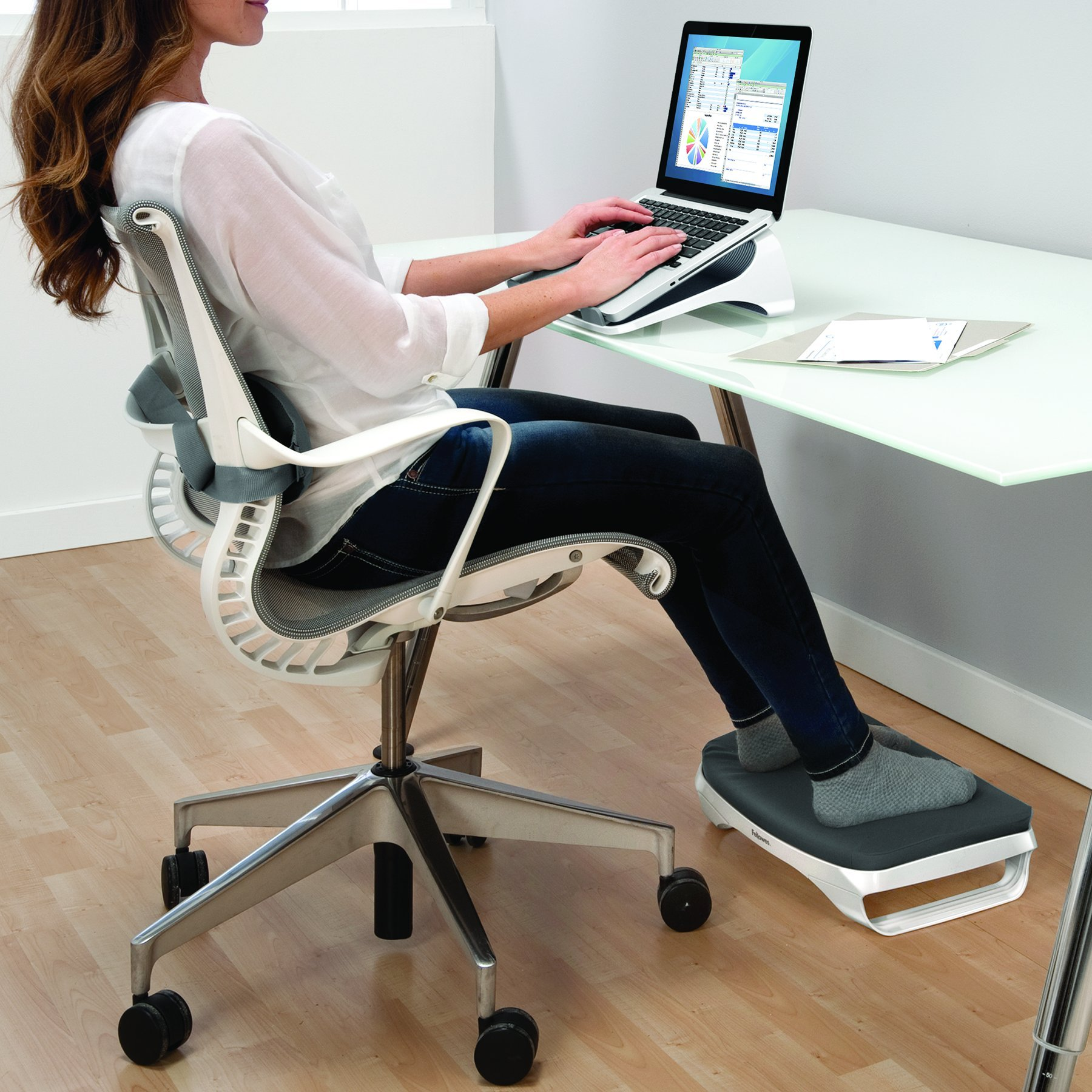 Fellowes I-Spire Series Foot Cushion/Rest, White/Gray (9311701) by Fellowes (Image #6)