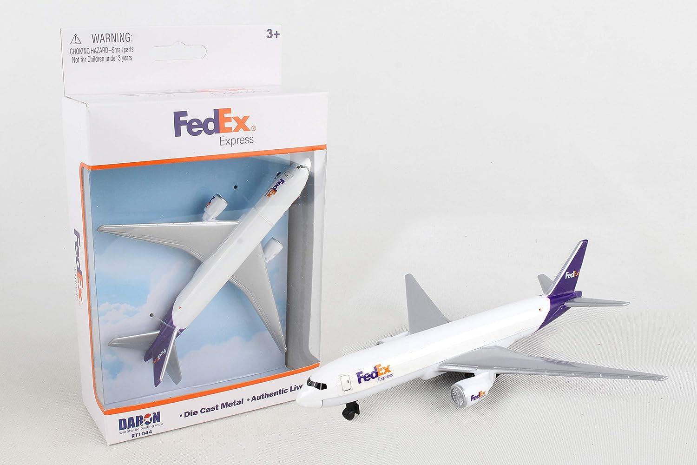 Amazon Com Daron Fedex Single Plane Rt1044 Toys Games
