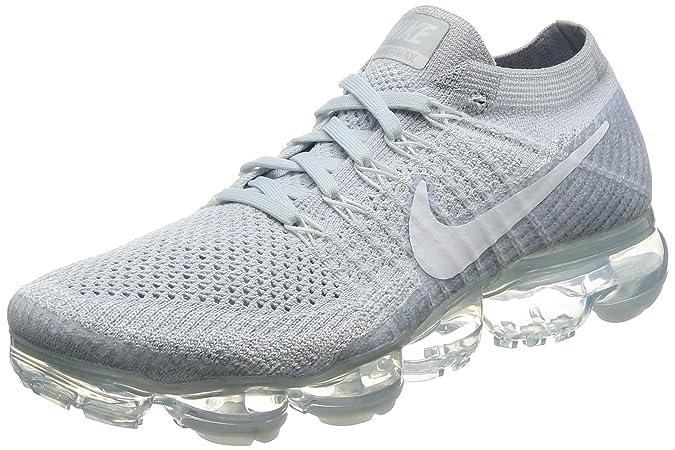 best cheap f26b2 4ec0b Amazon.com   Men s Nike Air Vapormax Flyknit Running Shoe   Fashion Sneakers