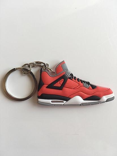 Amazon.com: Jordan Retro 4 Toro Sneaker llavero zapatos ...