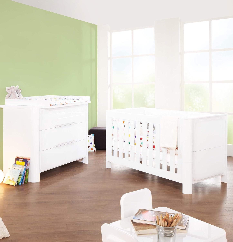 Pinolino Sparset Moon breit, 2-teilig, Kinderbett (140 x 70 cm) und breite Wickelkommode mit Wickelaufsatz, weiß Hochglanz (Art.-Nr. 09 34 30 B)
