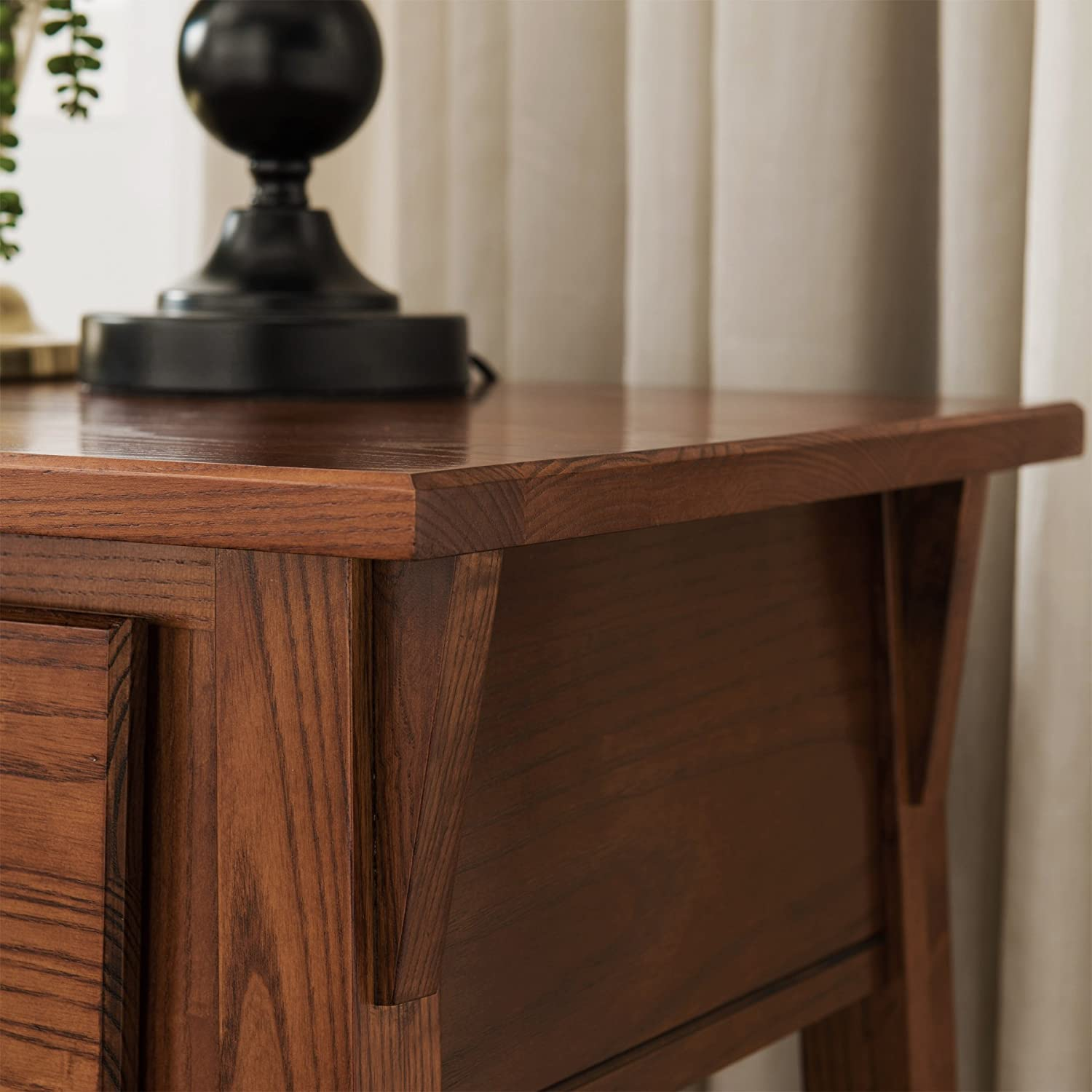 Small Russet Leick Favorite Finds End Table