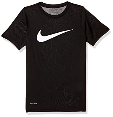 ac98a071 Nike Boy's Plain Regular fit T-Shirt: Amazon.in: Clothing & Accessories