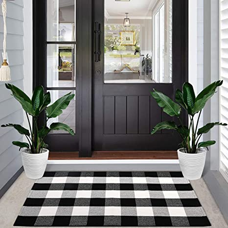 Amazon Com Black And White Buffalo Plaid Rugs Yonet Extra Large 23 6 X51 2 Checkered Rug Washable Hand Woven Cotton Outdoor Doormats For Kitchen Bedroom Bathroom Porch Decor Dining