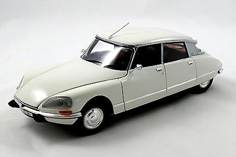 Norev 181582 – Citroën DS 23 Pallas – Escala 1/18 – marfil
