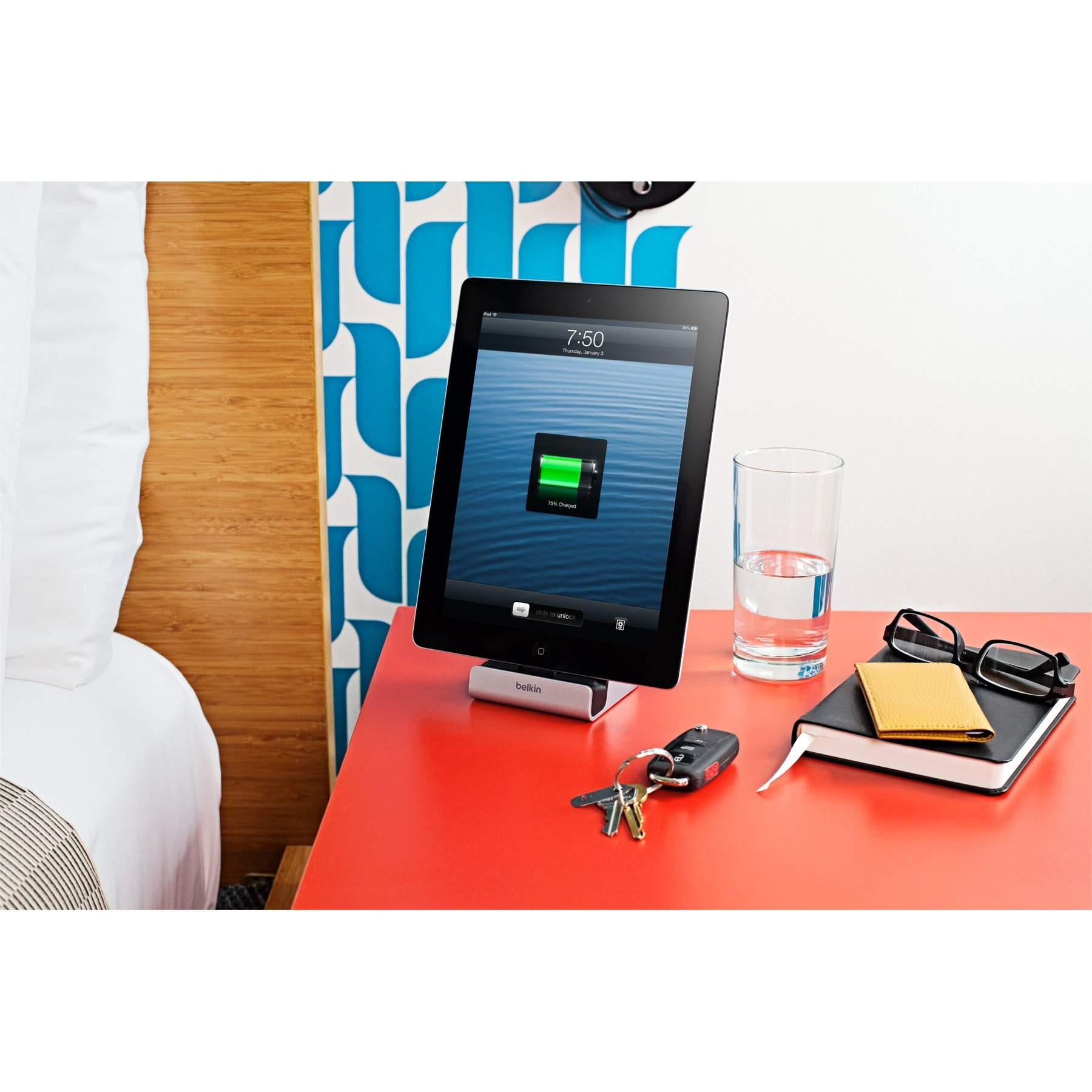 Belkin ChargeSync Lightning Express Dock with 4-Foot Charging Cable by Belkin (Image #10)