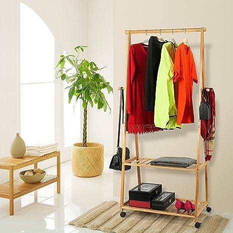 Amazon.com: homfa estante de ropa de bambú sobre ruedas ...
