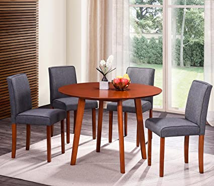 Amazon Com Harper Bright Designs Round Wood Dining Table With 4