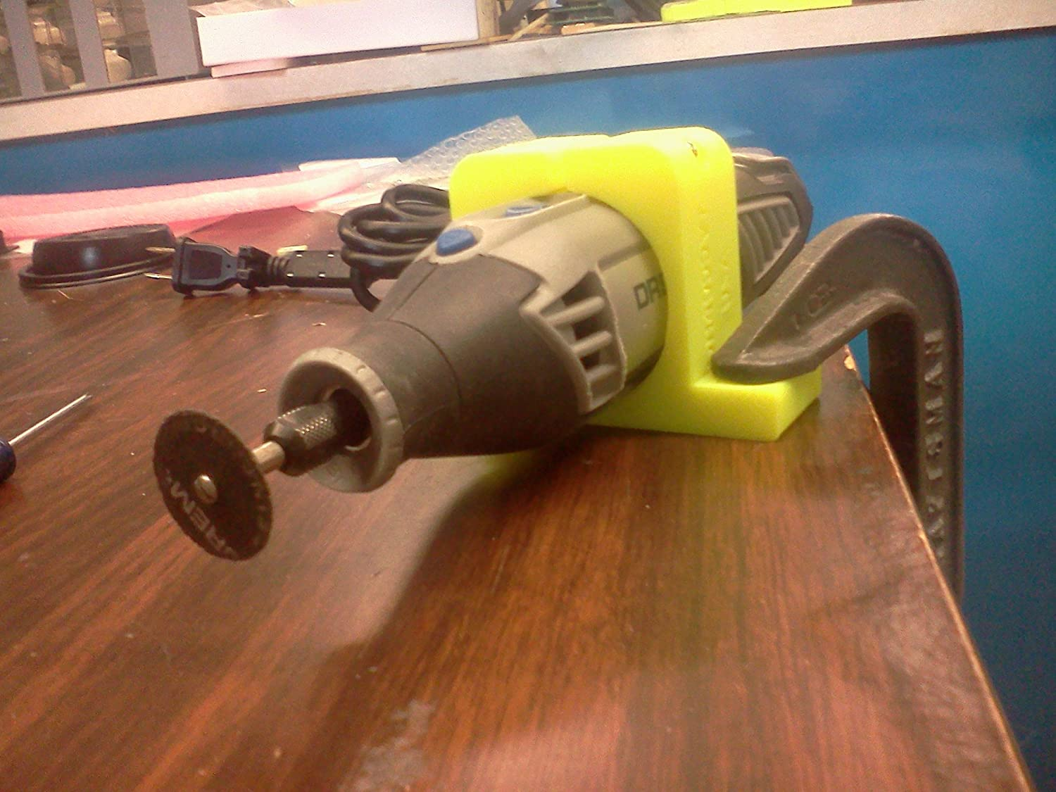 Dremel 4000, 4200 Holder for Vise and Table mounting