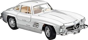Bauer Spielwaren 18 12047s Mercedes Benz 300 Sl 54 Modellauto Im Maßstab 1 18 Silber Spielzeug
