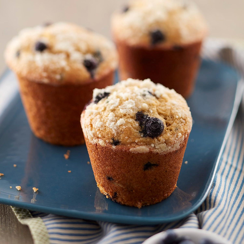 Wilton Giant Cupcake Pan 6-Cup Jumbo Muffin and Cupcake Pan