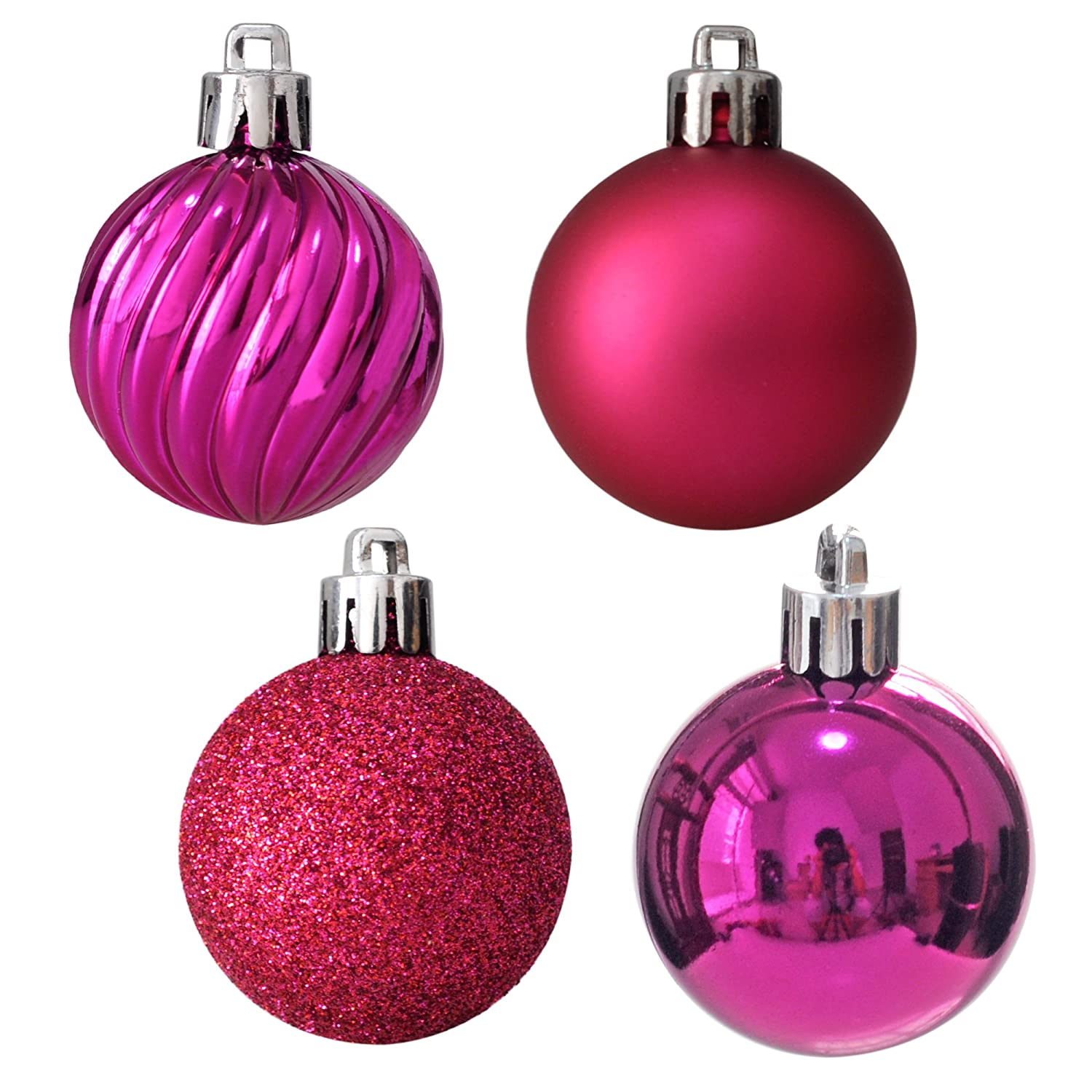 Perfect for all types of Christmas decor decorations Sets of 4 Retro Christmas baubles 4inch baubles.