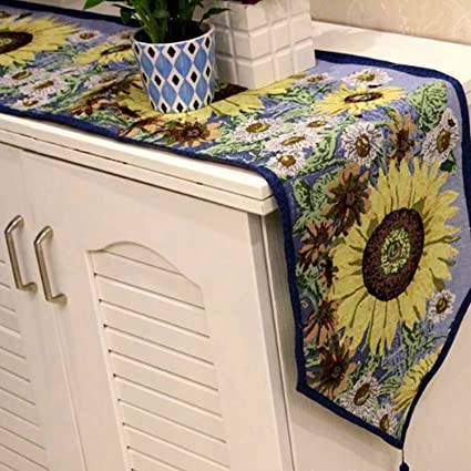 Great Amazon.com: Queenie®   Set Of 1 Tapestry Table Runner And 4 Placemats  (Sunflower): Kitchen U0026 Dining