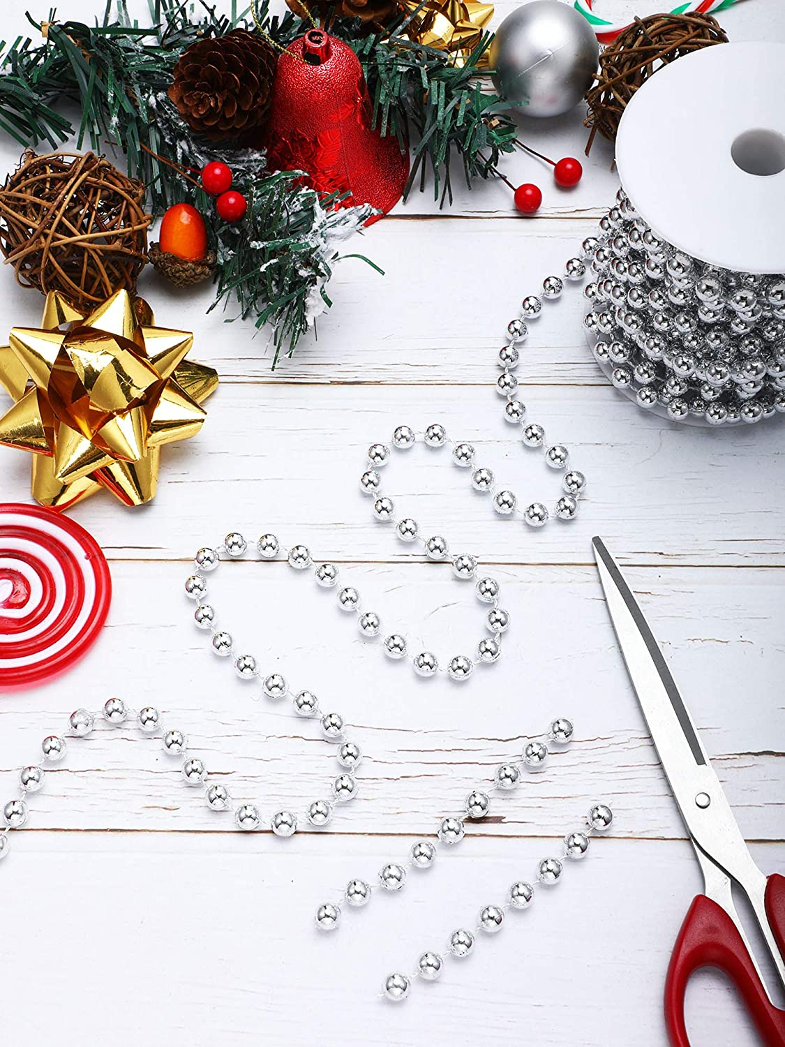 Silver 26 Feet Christmas Tree Beaded Garland Plastic Pearl Strands Chain Artificial Pearls Beads Trim Garland for Xmas Tree Holiday Wedding DIY Decoration Supplies