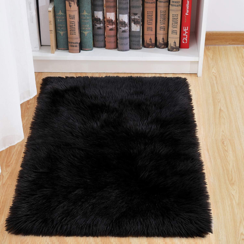 junovo Luxury Fluffy Area Rugs Furry Rug for Bedroom Faux Fur Sheepskin Nursery Rugs Fur Carpet for Kids Room Living Room Home Decor Floor Mat, 2ft x 3ft Black