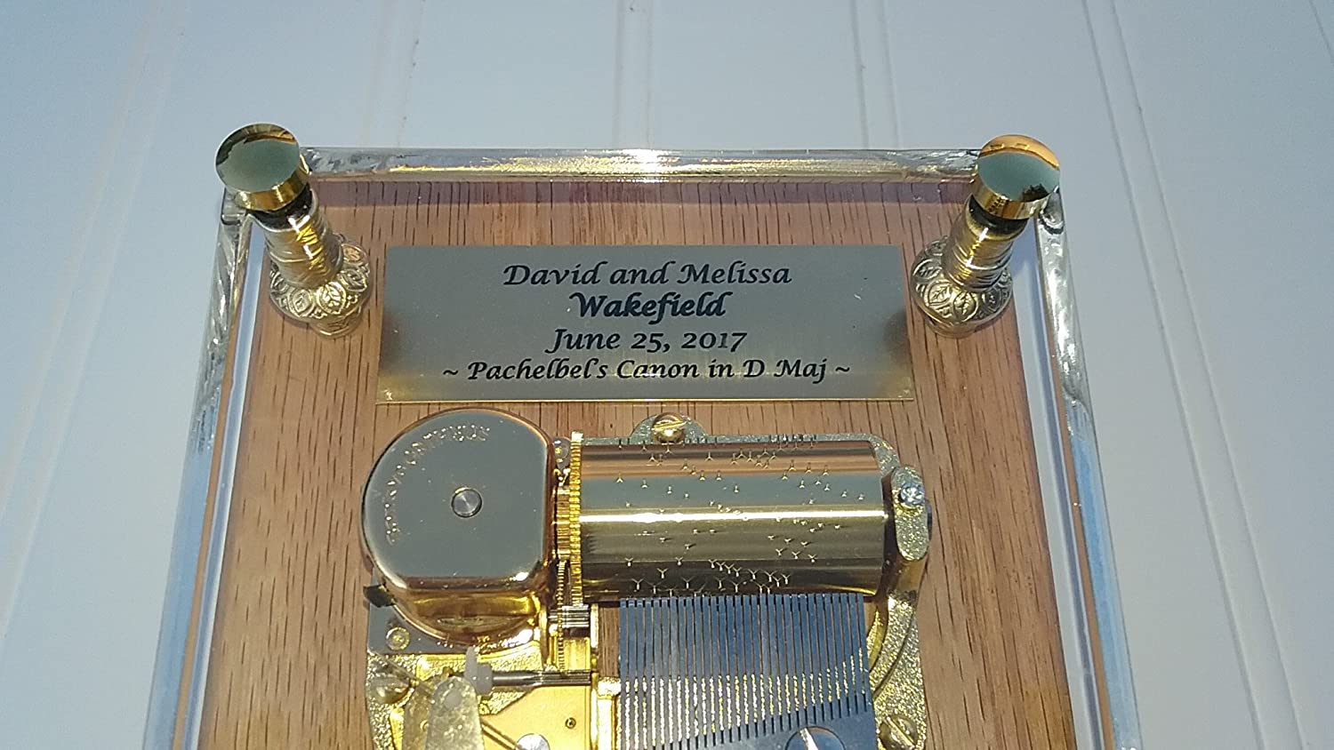 "Amazon.com: ""Pachelbels Canon in D Major"" 30 Note Music Box by Odyssey - Can be Customized as a Wedding Gift: Home & Kitchen"