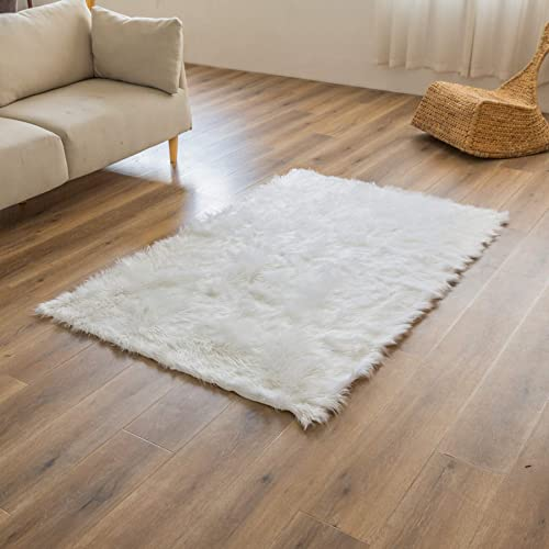 Super Soft White Faux Fur Area Rug