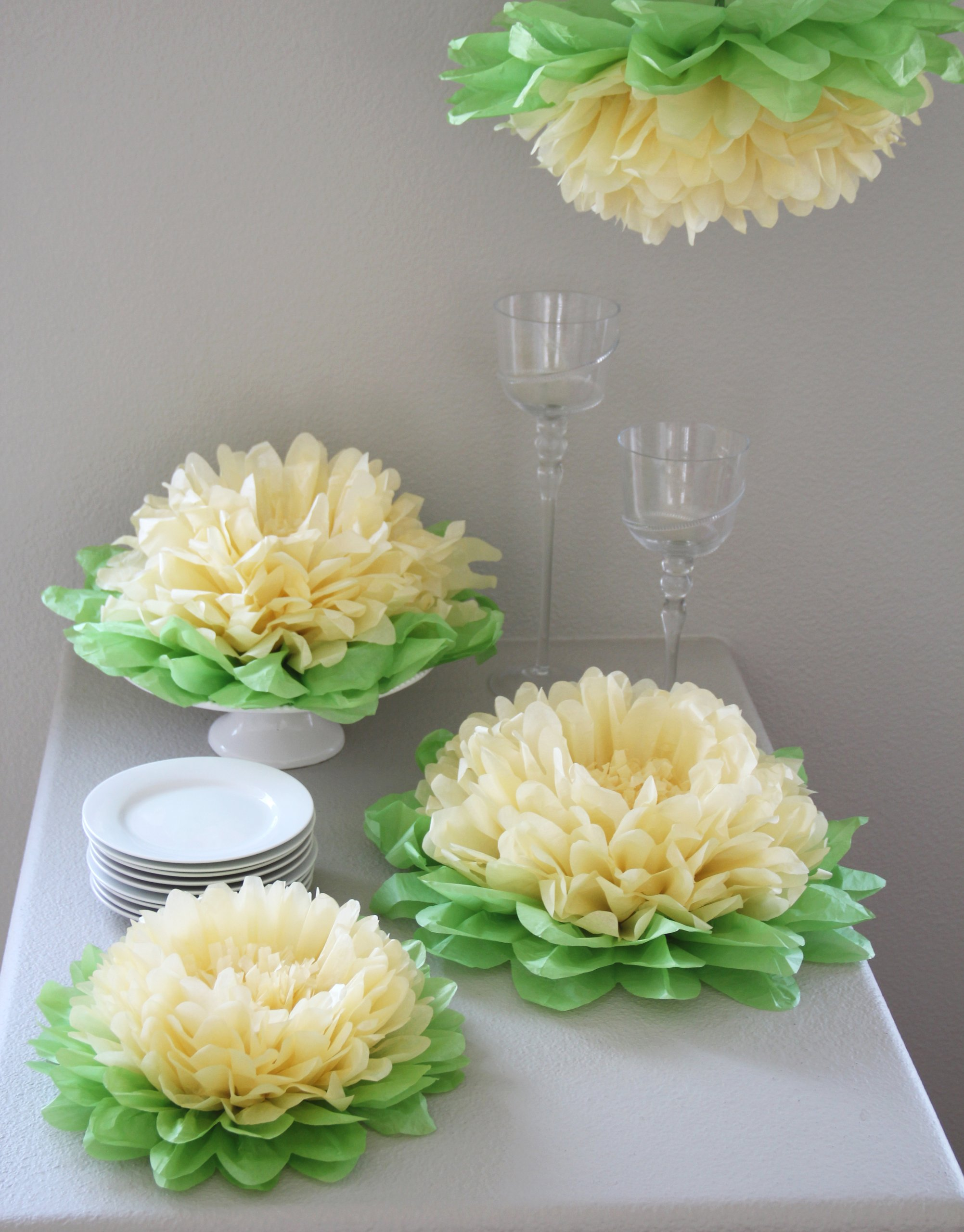 Butterfly Craze Girls Party Decorations - Set of 7 Yellow Tissue Paper Flowers