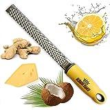 Rummershof Zester Reibe: Käsereibe - Parmesanreibe - Ingwerreibe - Muskatreibe - Zitronenreibe aus Edelstahl (gelb)