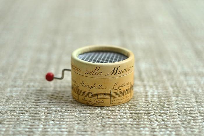 Caja de música * La Vie en Rose * con mecanismo musical de manivela. Estampado