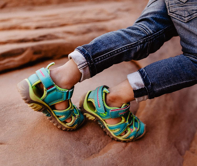 OAKI Rock Creek Childrens Closed Toe Outdoor Sports Sandal