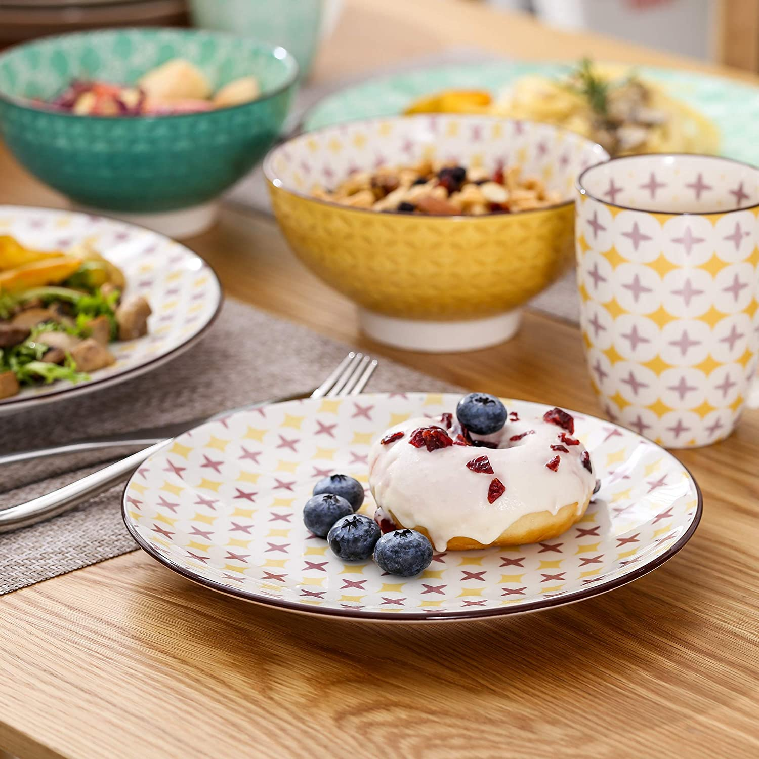 Service for 4 Persons Vancasso Tulip Dinnerware Set 16 Pieces Porcelain Dinner Set Multi-Colour Mandala with 10.6 inch Dinner Plate 8.5 inch Dessert Plate 6inch Bowl and 13 Ounce Mug