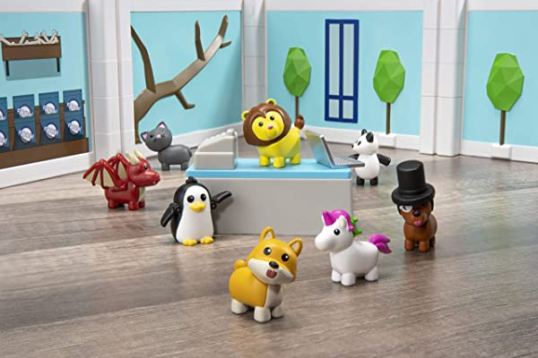 Roblox Celebrity Collection – Adopt Me: Pet Store Deluxe Playset toy for kids