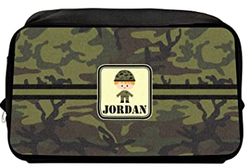 a12aa613dbac Amazon.com   Green Camo Toiletry Bag Dopp Kit (Personalized)   Beauty