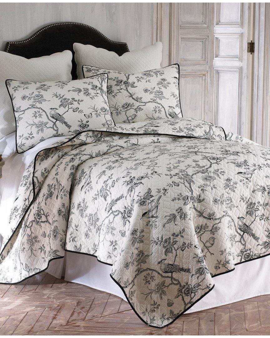 Amazon.com: Black Toile Full/Queen Cotton Quilt Set Black, White ... : quilts at cracker barrel - Adamdwight.com