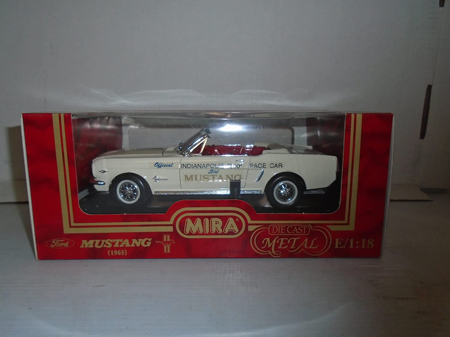 Amazon com mira golden line collection 118 scale 1965 ford mustang indianapolis 500 pace car white die cast metal toys games