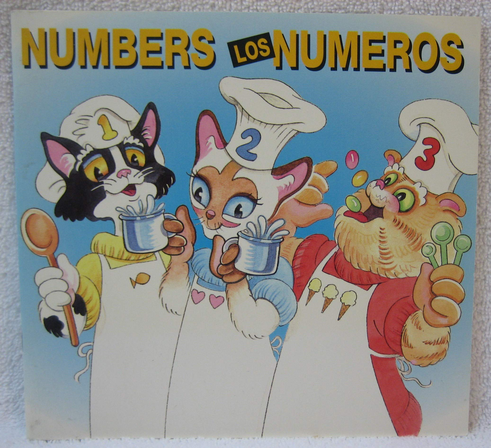 Crazy Cats Numbers Los Gatos Locos Los Numeros (Spanish and English Edition) Paperback – Box set, July 1, 1998
