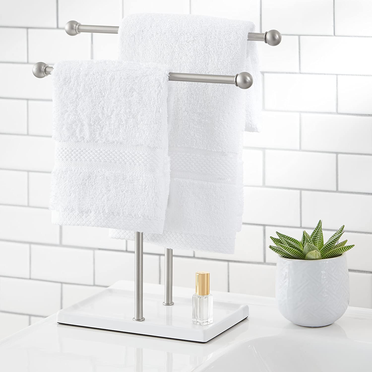 Amazon.com: AmazonBasics Double-T Hand Towel and Accessories Stand ...
