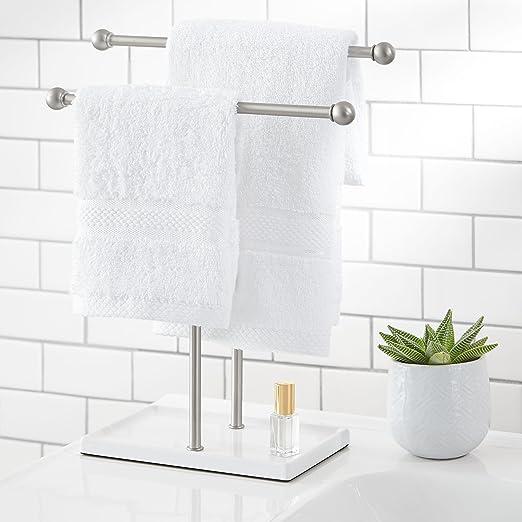 AmazonBasics - Soporte para toalla de mano y accesorios, doble T, Níquel/Blanco: Amazon.es: Hogar