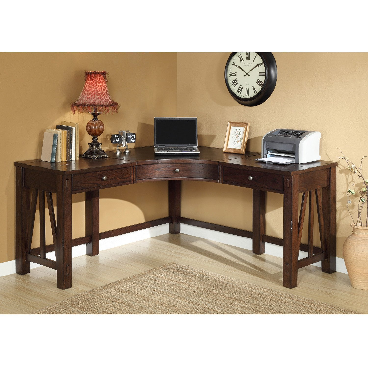 Amazon.com: Riverside Furniture Castlewood Corner Desk In Warm Tobacco:  Kitchen U0026 Dining