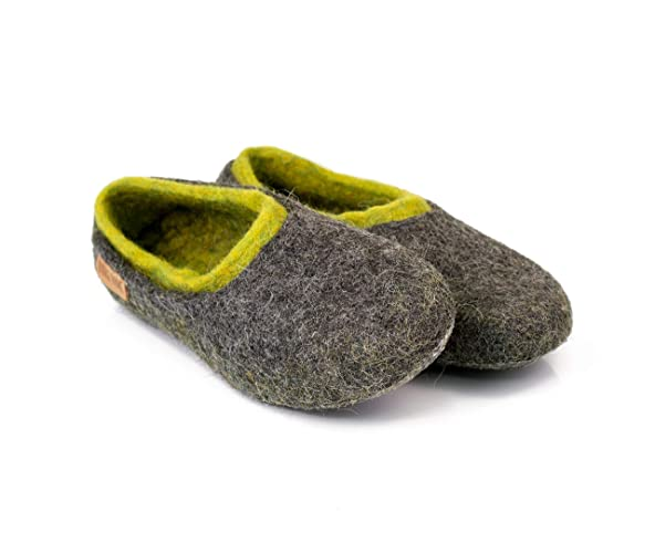 66f7b202d90 Gray Felted Wool Slippers For Men with Green Inner Layer Handmade in Europe