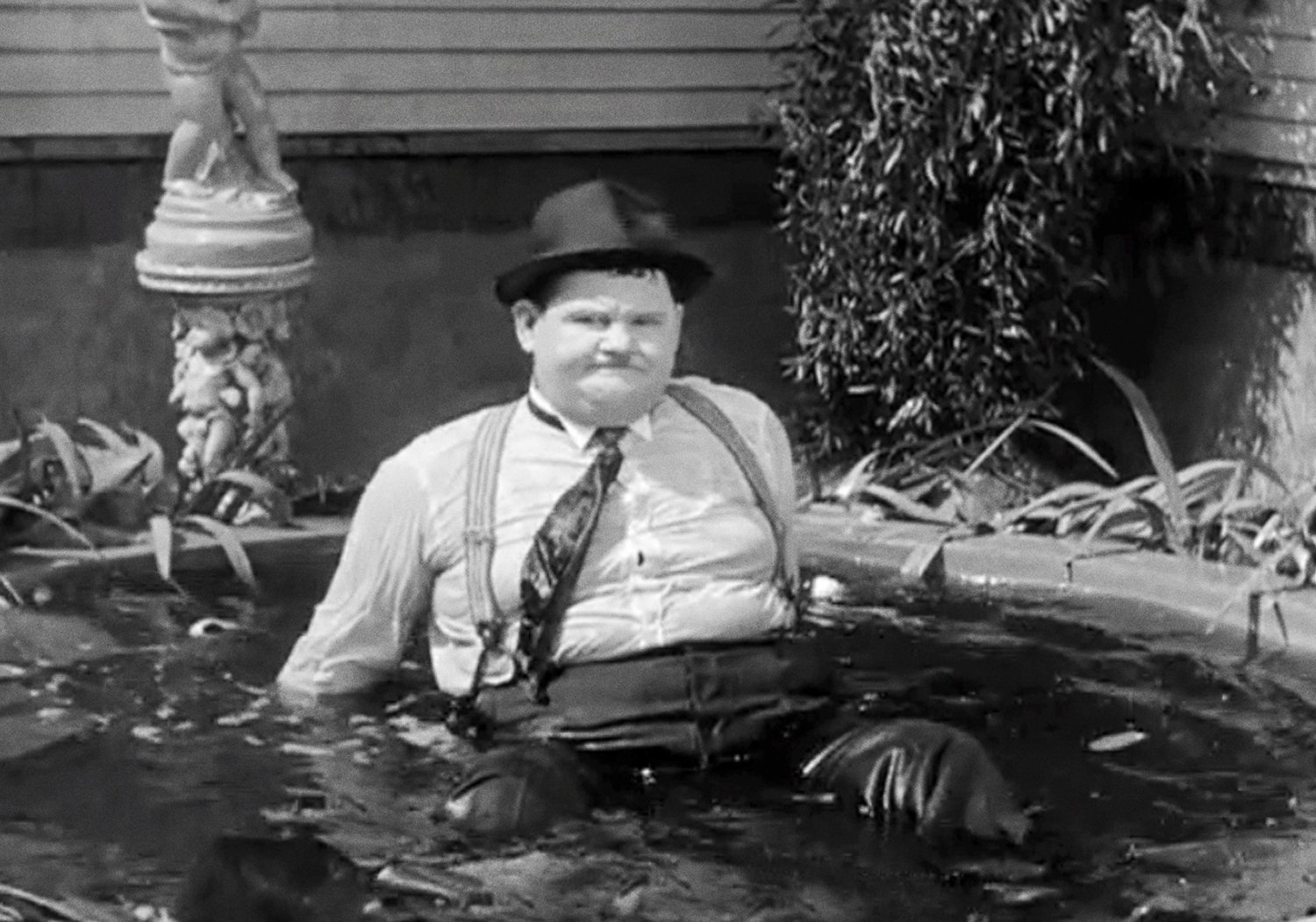 oliver hardy and stan laurel movies