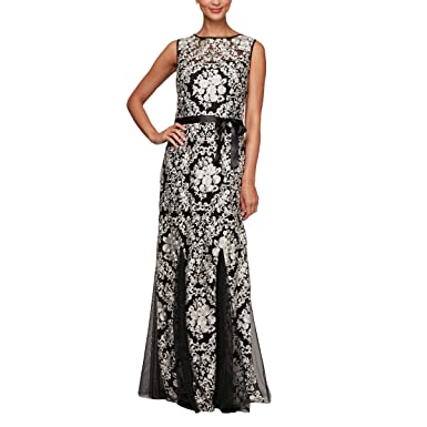 b9667796bd0 Alex Evenings Women s Embroidered Fit and Flare Gown with Godet Skirt at  Amazon Women s Clothing store