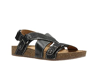 18313771abff Clarks Women s Rosilla Essex Athletic Sandals Black Black  Amazon.co ...