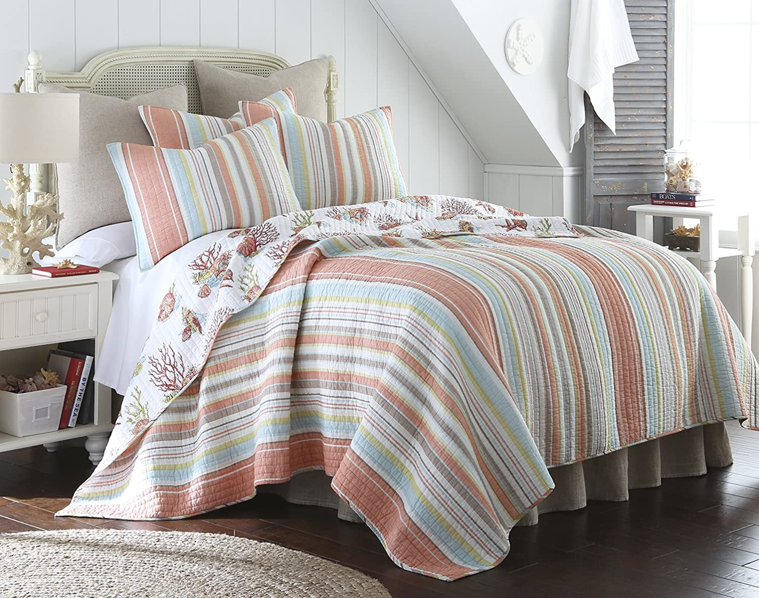 Amazon.com: Brighton Coral Full/Queen Cotton Quilt Set Stripe ... : coral quilt queen - Adamdwight.com