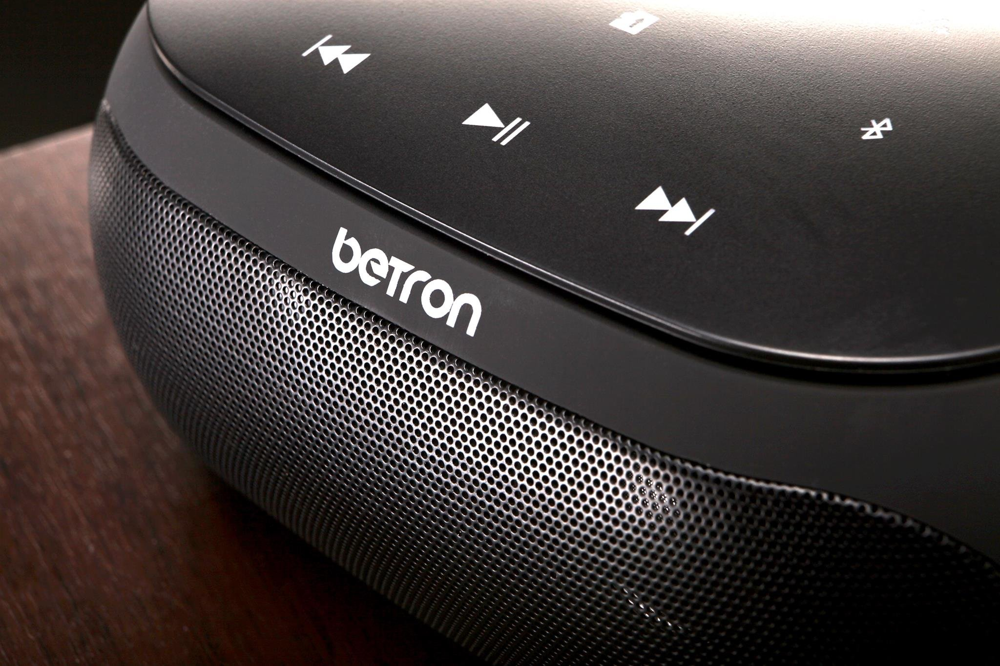 Betron NR200 Bluetooth Stereo Speaker, 9 Watt Dual Driver, Built in Microphone for Calls