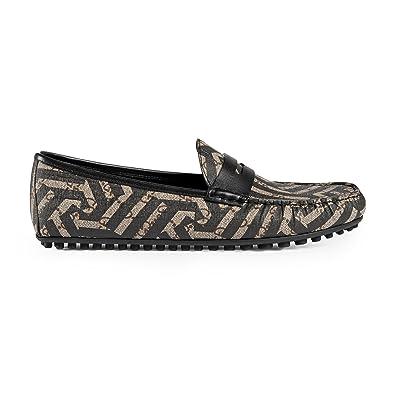 6d8568e0bf Amazon.com  Gucci Men s GG Supreme Caleido Driver Loafer