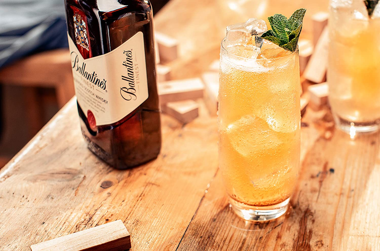 Ballantines Finest Whisky Escocés de Mezcla - 700 ml: Amazon.es ...