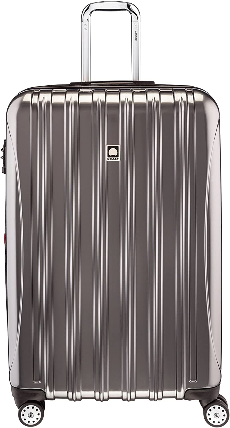 Top 7 Best Lightweight Luggage for International Travel 1