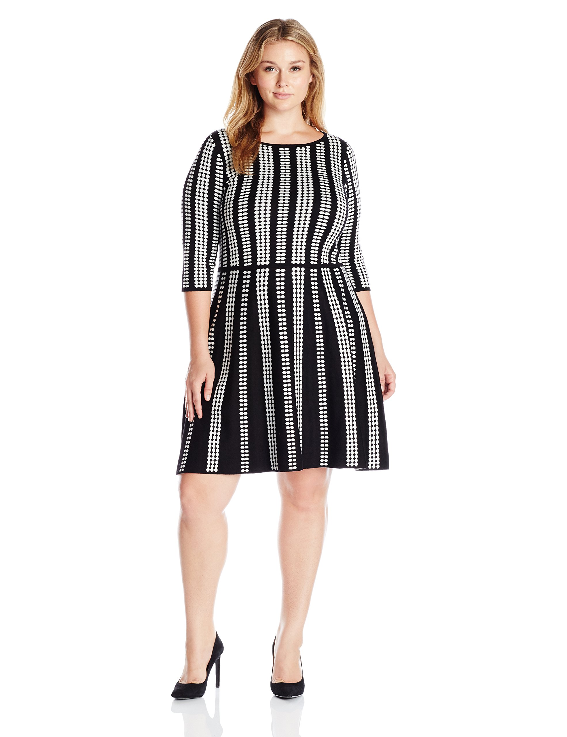 Gabby Skye Women's Plus Size 3/4 Sleeve Scoop Neck Sweater Fit and Flare Dress, Black/Ivory, 1X