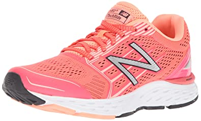 New Balance Women's 680v5 Cushioning Running Shoe