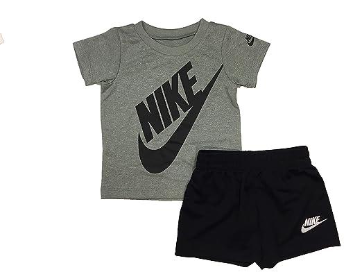 c9677a9cc5 Amazon.com: Nike Boy`s Dri-Fit T-Shirt & Shorts 2 Piece Set: Clothing