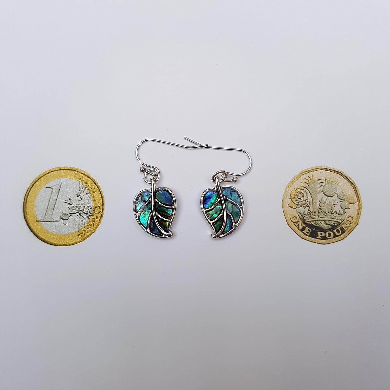 Kiara Bijoux Feuille en bo/îte du pendentif incrust/é Naturel Greenish Bleu Paua Ormeau sur cha/îne Trace de 45,7/cm avec de lassorti hypoallerg/énique Boucles doreilles plaqu/é rhodium.